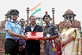 The Minister of State for Defence, Dr. Subhash Ramrao Bhamre presenting the memento to a NCC Cadet of the three wings, during the Independence Day Celebrations - 2018 rehearsal, at Red Fort, in Delhi on August 13, 2018.JPG