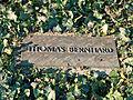 Thomas Bernhard, Grabplatte.jpg