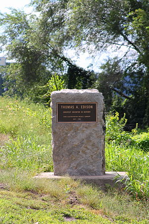 Sunbury, Pennsylvania - Monument to Thomas Edison near Sunbury