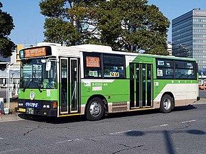 Toei Bus - Image: Tobus S D333 green arrows