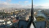 Toit et flèche de Notre-Dame de Paris - Panorama depuis les tours.jpg