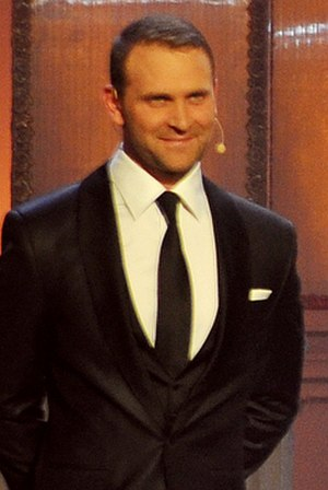 OTO Award for TV Male Actor