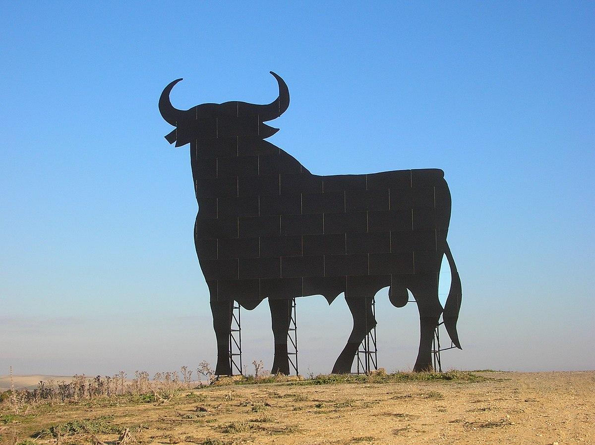 """Résultat de recherche d'images pour """"andalousie et les taureau a l'entrée des ville"""""""