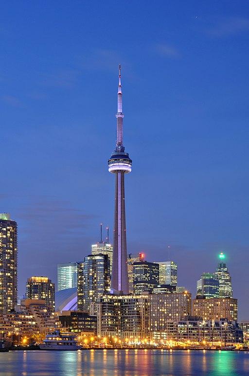 Toronto - ON - CN Tower bei Nacht2
