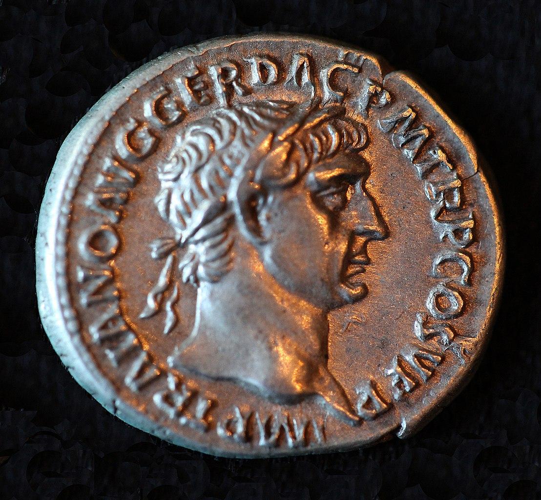 File:Trajan Denarius, Roman Dacia, 107 AD - Obverse.jpg ...