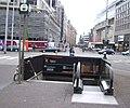 Tramstation Spui - ingang.jpg