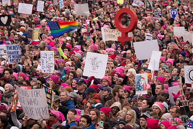 Trump-WomensMarch 2017-1060300 (32328870631).jpg