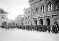 Truppen vor dem Bundeshaus während des Landesstreiks - CH-BAR - 3241467.tif