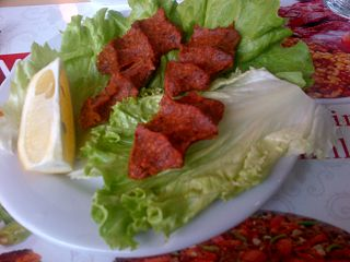 raw meat and bulgur dish from the Turkish cuisine