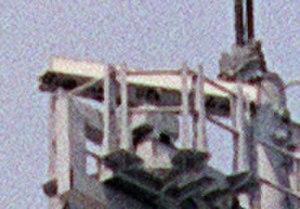 AN/SPS-55 - AN/SPS-55 antenna on USS Nicholson (DD-982).