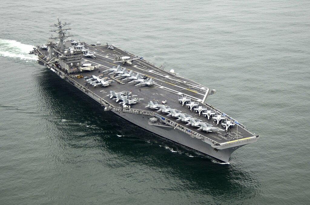 مجموعة عمل حاملة الطائرات 1024px-USS_Nimitz_%28CVN-68%29