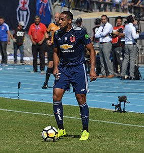 Universidad de Chile - Colo-Colo, 2018-04-15 - Jean Beausejour.jpg