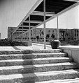 "VIEW OF THE YARD OF THE HADASSAH MEDICAL CENTER IN JERUSALEM. המרכז הרפואי ""הדסה"" בהר הצופים, ירושלים.D403-087.jpg"