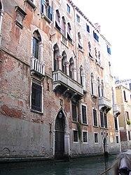 Venezia canal building.jpg
