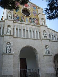 Facciata della chiesa di San Paolino