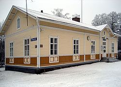 Vihannin rautatieasema 2007.jpg