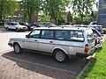 Volvo 240 (4942633129).jpg