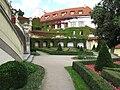 Vrtbovská zahrada, druhý parter.JPG