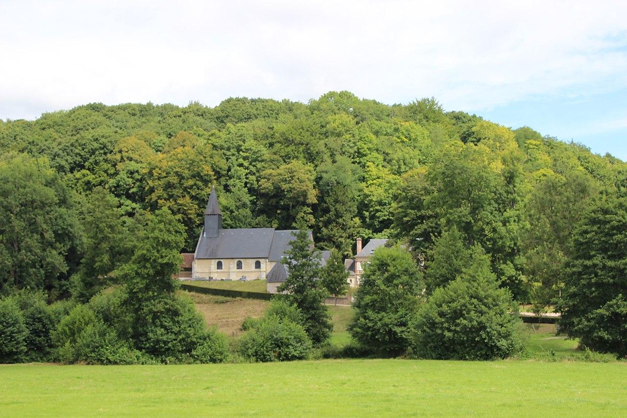 Vue générale Le Brévedent et colline.jpg