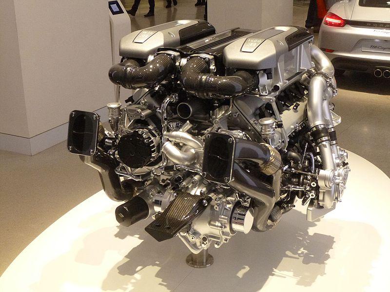 Bugatti W Engine Design