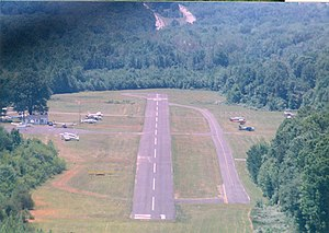 Suburban Airport - Final approach for 21 – Summer of 1998
