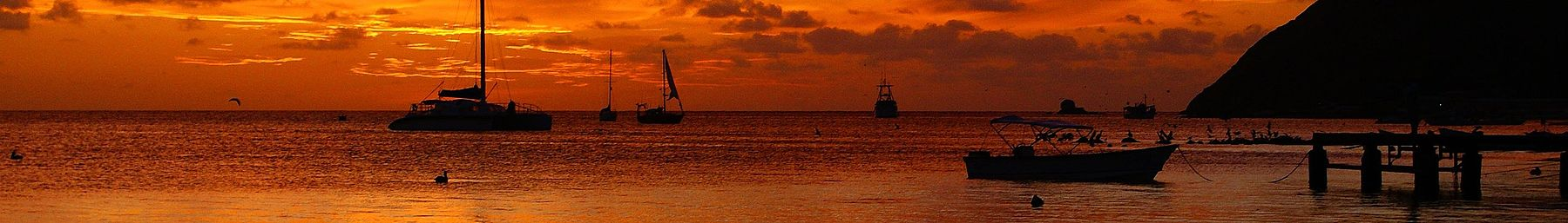 WV banner Los Roques Boats in sunset.jpg