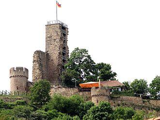 Wachenheim - The Wachtenburg ruins, Wachenheim's landmark