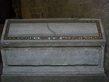 Walter of Mill's sarcophagus.jpg