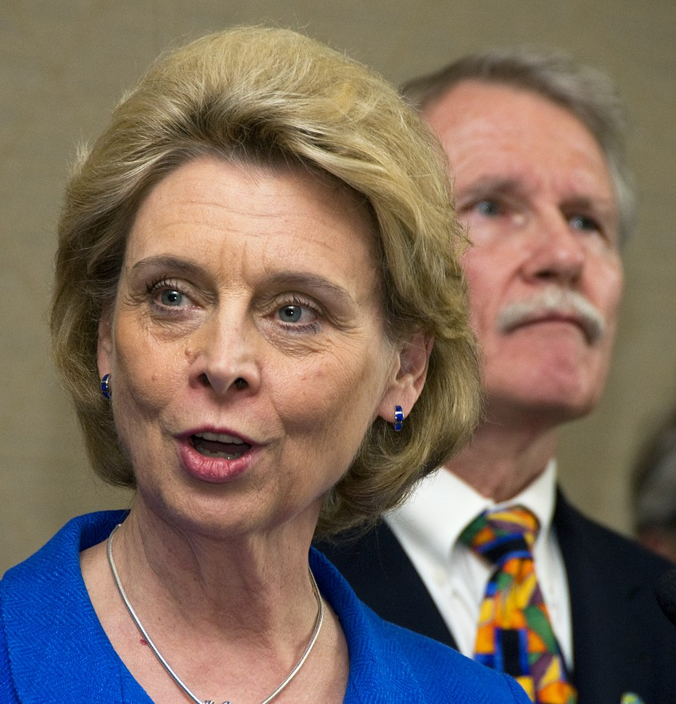 Washington Governor Chris Gregoire at the CRC news conference (5659021187)