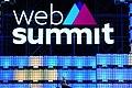 Web Summit 2017 - Centre Stage Day 1 SM0 6183 (37530269304).jpg