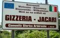 Willkommensschild (Gizzeria).png