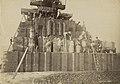 Workers constructing Roker Pier, 1886 (21301911168).jpg