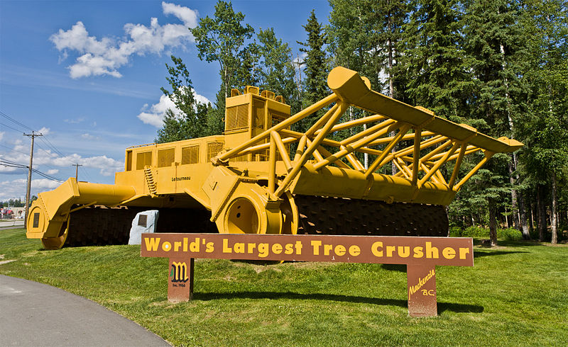 File:World largest tree crusher.jpg
