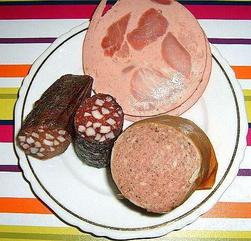 Wurstteller mit Bierschinken, geräucherte Leberwurst und Blutwurst