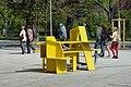 Yellow street furniture 01, Schönbrunner Schlossstraße.jpg