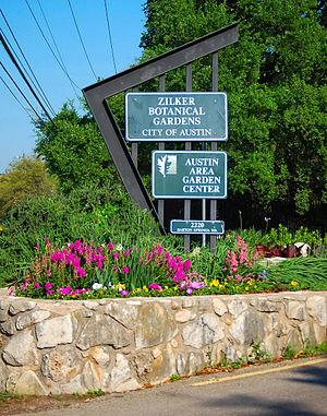 Zilker Botanical Garden - Zilker Botanical Gardens Entrance