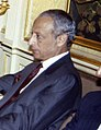 (Abdellatif Filali) Felipe González recibe al ministro de Asuntos Exteriores de Marruecos. Pool Moncloa. 2 de julio de 1990 (cropped).jpeg