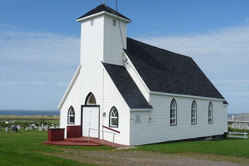 File:Église de la Grosse île aux Iles de la Madeleine.JPG