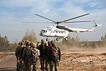 Десантники-резервісти здійснили понад 600 стрибків з парашутом (30094131416).jpg
