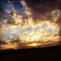 Один закат не похож на другой, краски неба не бывают одинаковыми.JPG