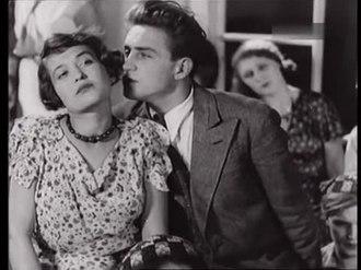 О странностях любви 1936 полная версия  описание