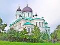 Собор Архангела Михаила в Ломоносове.jpg