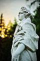 Статуя у дворца.jpg