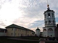 Трапезная, Николо-Пешношский монастырь, посёлок Луговой.jpg