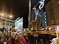 הומאז' לפסל גיבור ישראל בהפגנה בכיכר פריז בירושלים 5 בדצמבר 2020 צילום ניר חסון 01.jpg