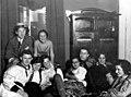 רודי (משמאל) עם חבריו ללימודי הרפואה דצמבר 1929 שמות שניתן לזהות- גרד btm11005.jpeg