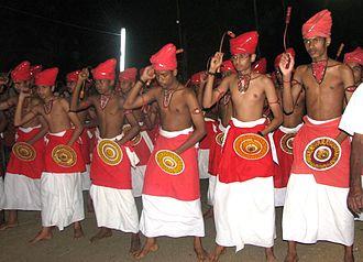 Chirakkadavu Sree Mahadeva Temple - A velakali performance at Chirakkadavu Sree Mahadeva Temple