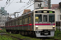 京王競馬場線7000系7821Fワンマン列車.JPG
