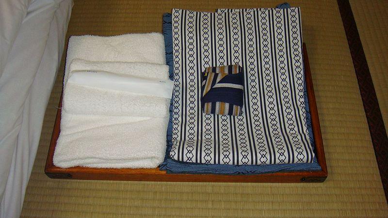 File:旅館 2009 (3722976182).jpg