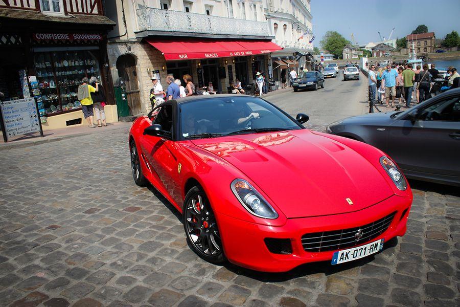 Ferrari 599 GTB Fiorano, red